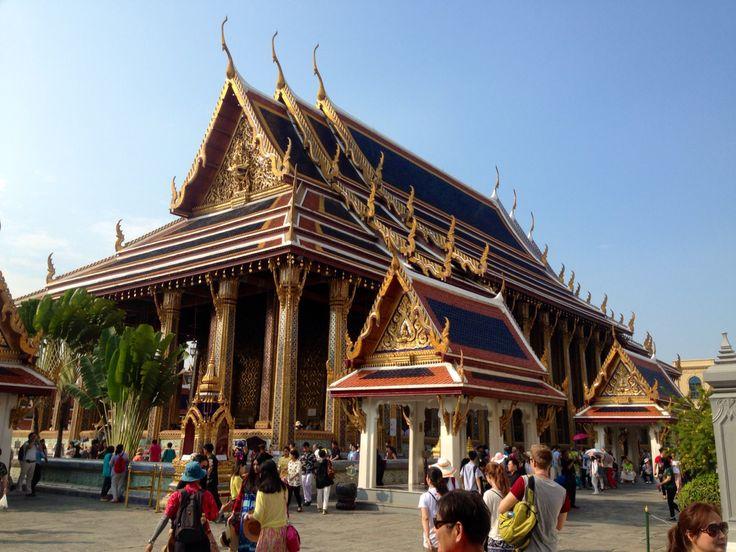 Eat Phra Kraew