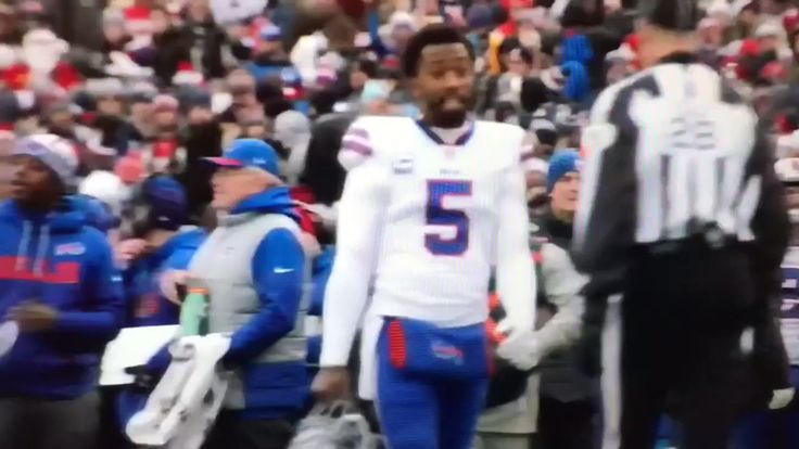 Sean McDermott: How is that not a catch?!. Ref: I dont know.   https://twitter.com/JohnBarchard/status/945847698510491648  Submitted December 27 2017 at 08:42AM by oWNYo via reddit http://ift.tt/2zD3E8W