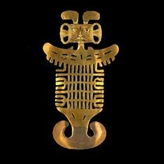 Pectoral de estilo Tolima. Oro. 0 - 550 d.C. 16 x 8,7 cm / Breastplate Gold 0 - 550 A.D.