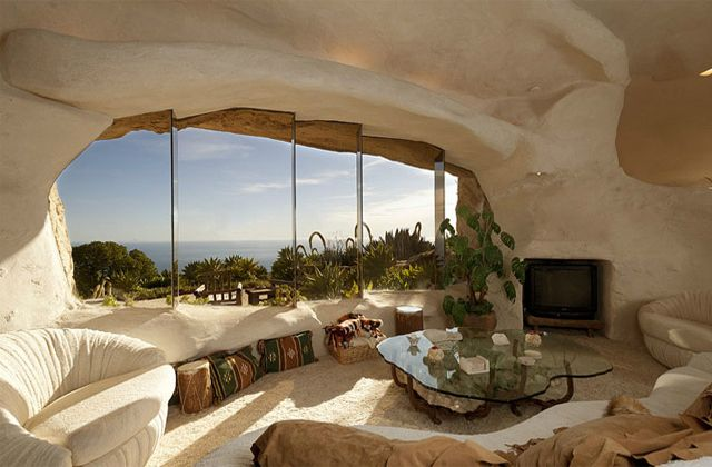 in a rock: Flintstone House, House Design, Living Rooms, Real Life, Cob House, Dick Clarks, Malibu California, Ocean View, Stones House