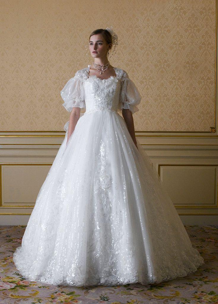 ウェディングドレス | 桂由美フランチャイズ ブライダルハウス仙台