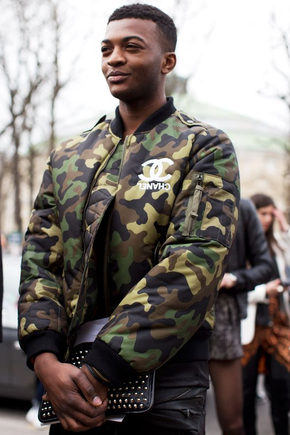 Men's Dark Green Camouflage Bomber Jacket, Black Crew-neck ...