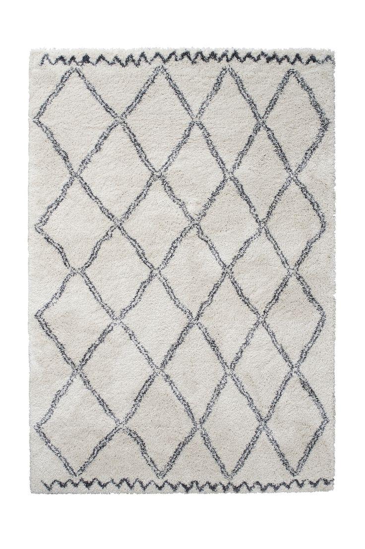 Ellos Home Ryamatta Tanger 160x230 cm Ryamatta med tät, tjock lugg. Lugghöjd ca 3 cm. <br>För ökad säkerhet och komfort, använd halkskyddsmatta som håller din matta på plats. Halkskyddsmattan finns i flera olika storlekar. <br><br>100% polypropylen<br>Rengörs genom dammsugning/skumtvätt