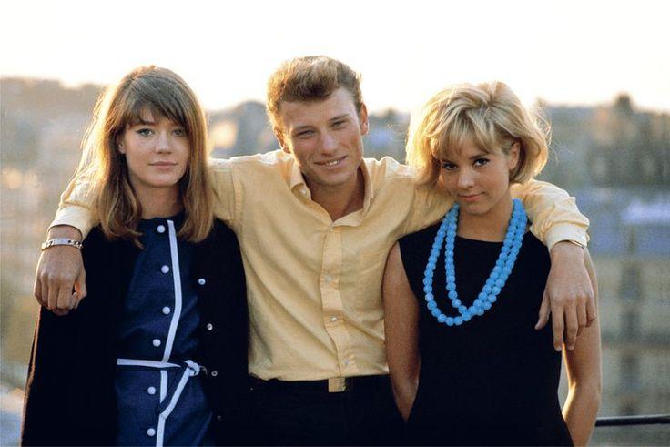 Johnny entouré de Françoise Hardy et Sylvie