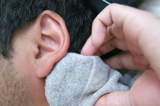 The Magical Salt Sock For Ear Infections! ⋆ The NEW N!FYmagThe NEW N!FYmag