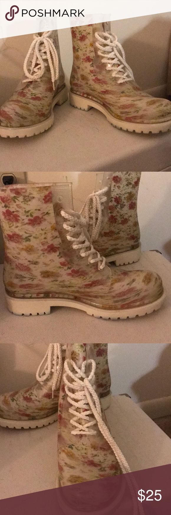 Doc marten style floral rain boots. Super cute doc marten-style rain boots. White floral. Brand: dirty laundry, purchased through ModCloth. Shoes Winter & Rain Boots