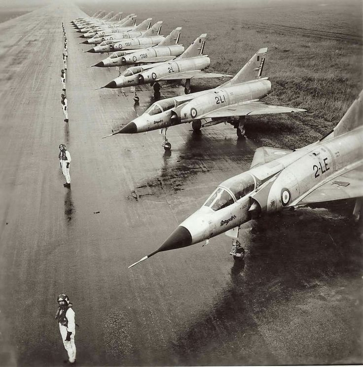 Mirage IIIC's lined up