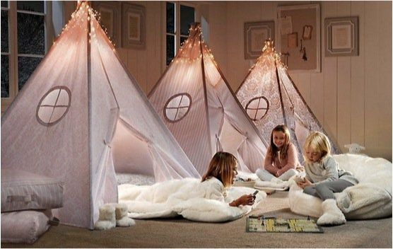 Cabana no quarto! - Just Real Moms