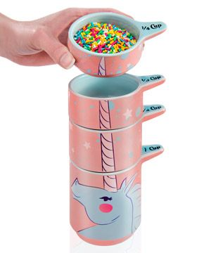 Unicorn Measuring Cups: Set of ceramic unicorn-themed baking tools.