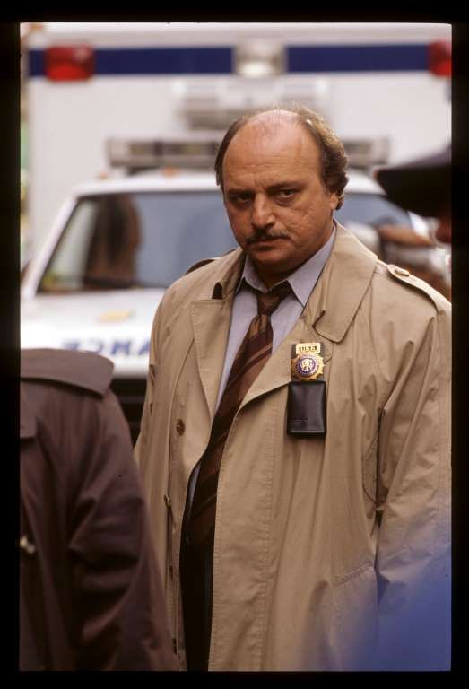 35 - ABC - NYPD Blue (1993 - 2005) - Andy Sipowicz