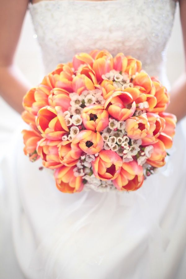 Tulip Wedding Bouquet. Read more: http://memorablewedding.blogspot.com/2013/09/top-10-yellow-wedding-flowers-are-ones.html