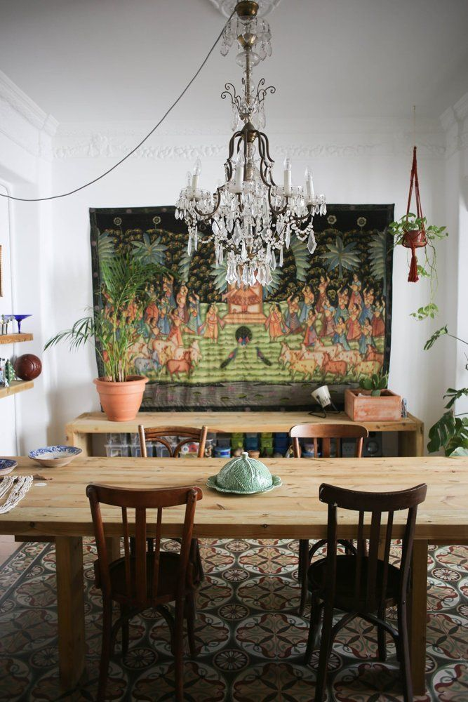 A macrame makers stunning spanish home