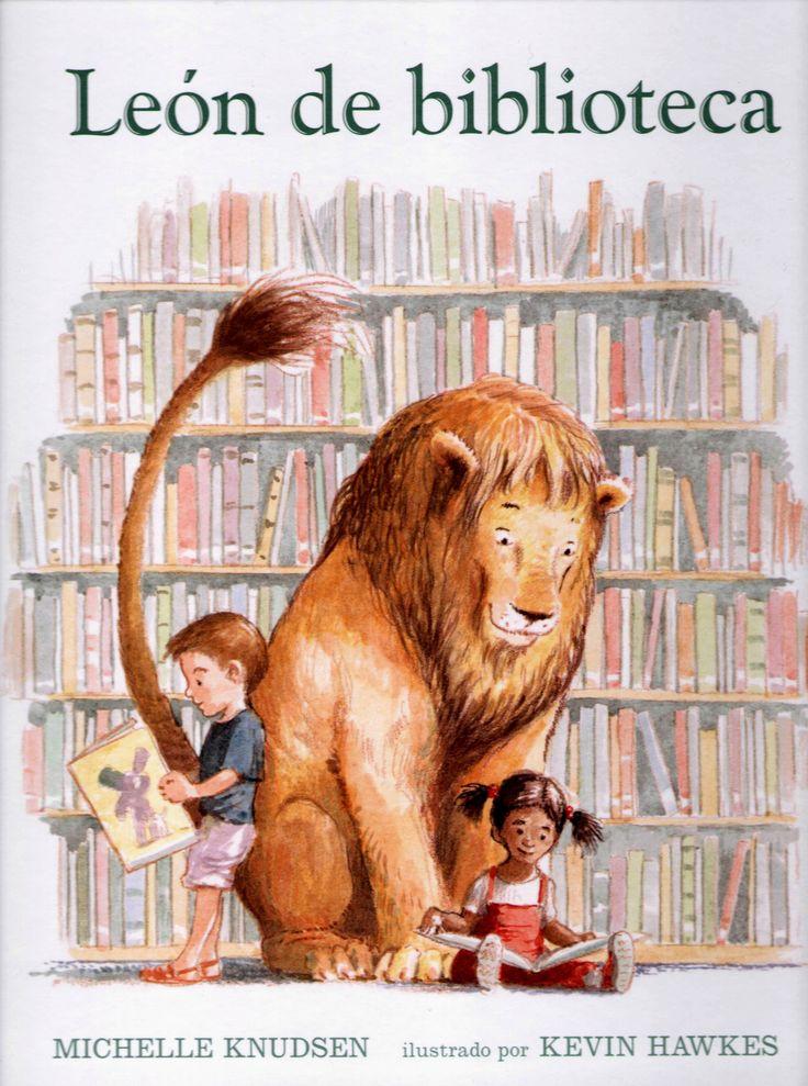 """Cuando el Sr. Mosquera ve a un enorme y peludo león entrar en la biblioteca, corre a buscar a la Srta. Plácida: """"¿Está rompiendo alguna regla?"""", pregunta la bibliotecaria. Esta es la historia de un verdadero león de biblioteca, silencioso y puntual a la hora del cuento, hasta que un sorpresivo accidente lo hace rugir, correr y, finalmente, romper todas las reglas."""