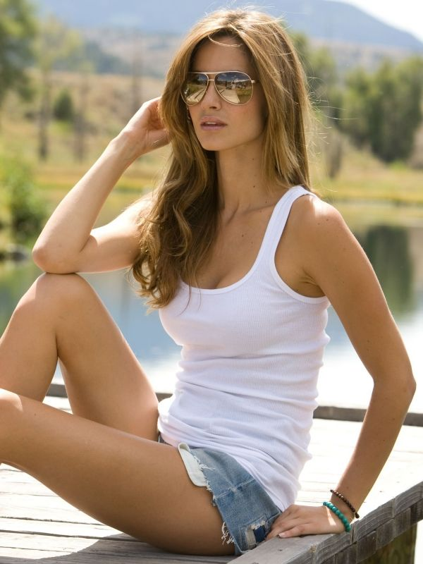 17 best images about ariadne artiles on pinterest shorts for Ariadne artiles comida