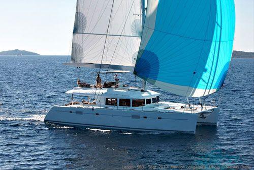 Charter Sailing Catamaran - CDC - Sunreef Charter