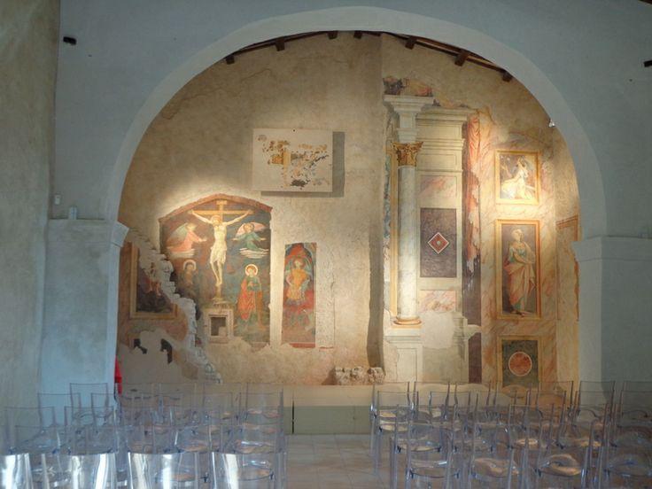 Borgo Castello di Postignano - Blick in die Chiesa