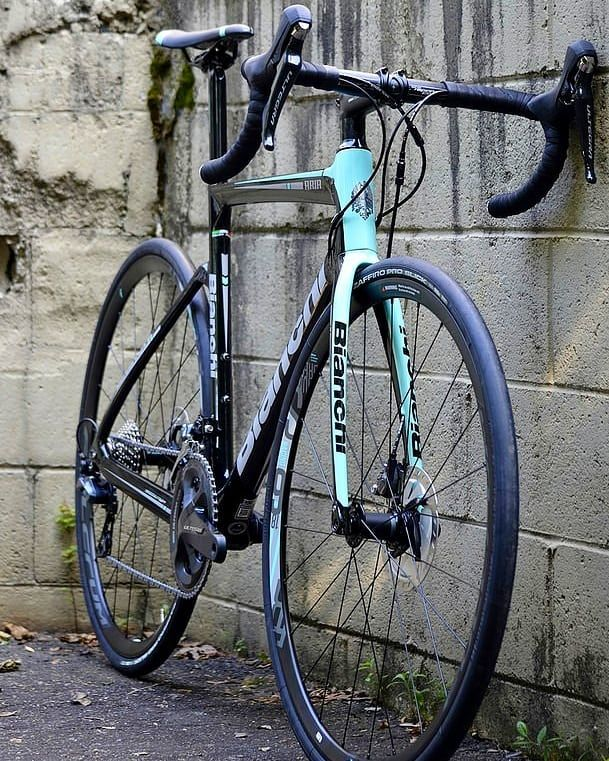 A Carbon Frame With Ultegra And Disc Brakes For 3400 Bianchi