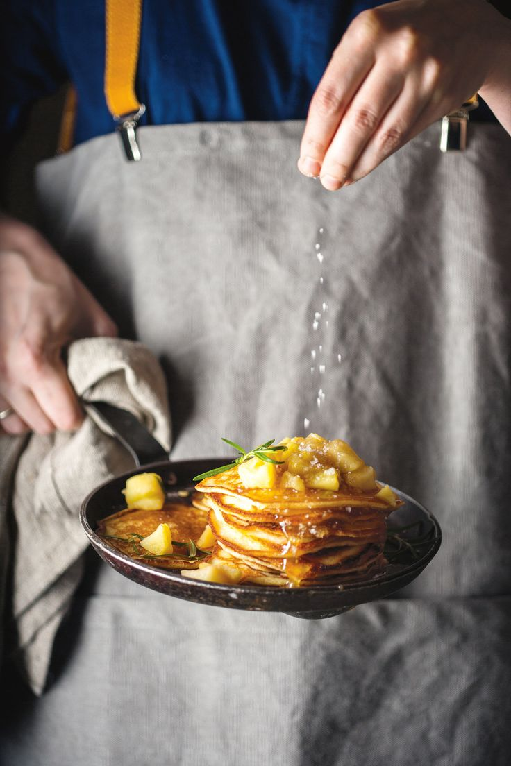 salted carmel apple pancakes
