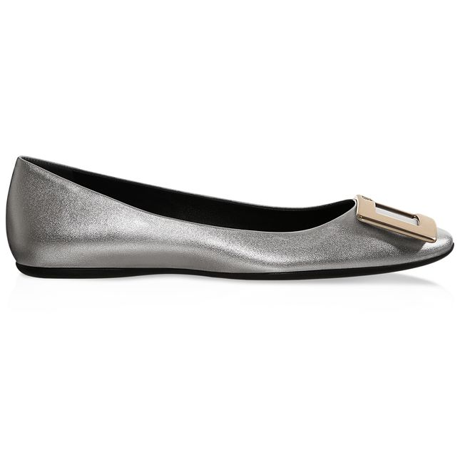 Gommette Ballerinas in Leather now on sale on the official Roger Vivier  online store.