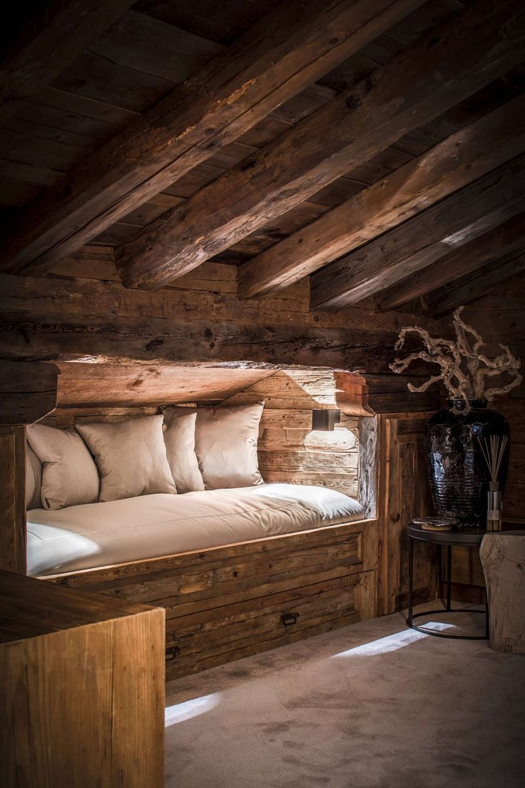 Cabin Bedrooms On Pinterest Log Cabin Cabin Bedroom Decorating Ideas