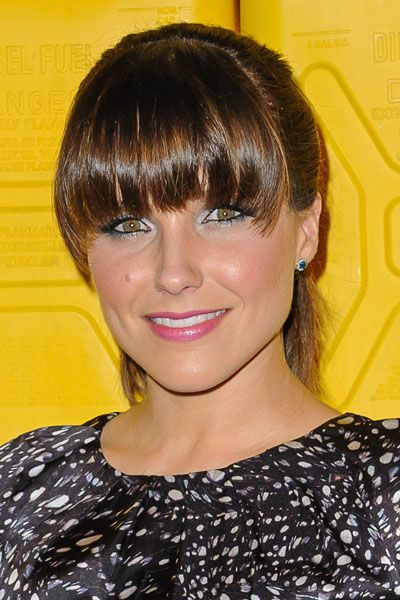 What NOT TO DO!!! Top 10 WORST Celebrity Bangs: Sophia Bush. This is what I kinda have now that I dislike so much!