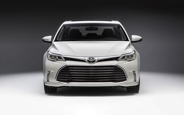 2016 Toyota Avalon Review, Ratings, Specs, Prices, and Photos - The Car Connection