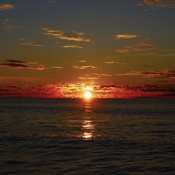 .@privatum   #thailand#phuket#karonbeach#sea#beach#sunset#nature#таиланд#пхукет#карон#пляж...   Webstagram - the best Instagram viewer