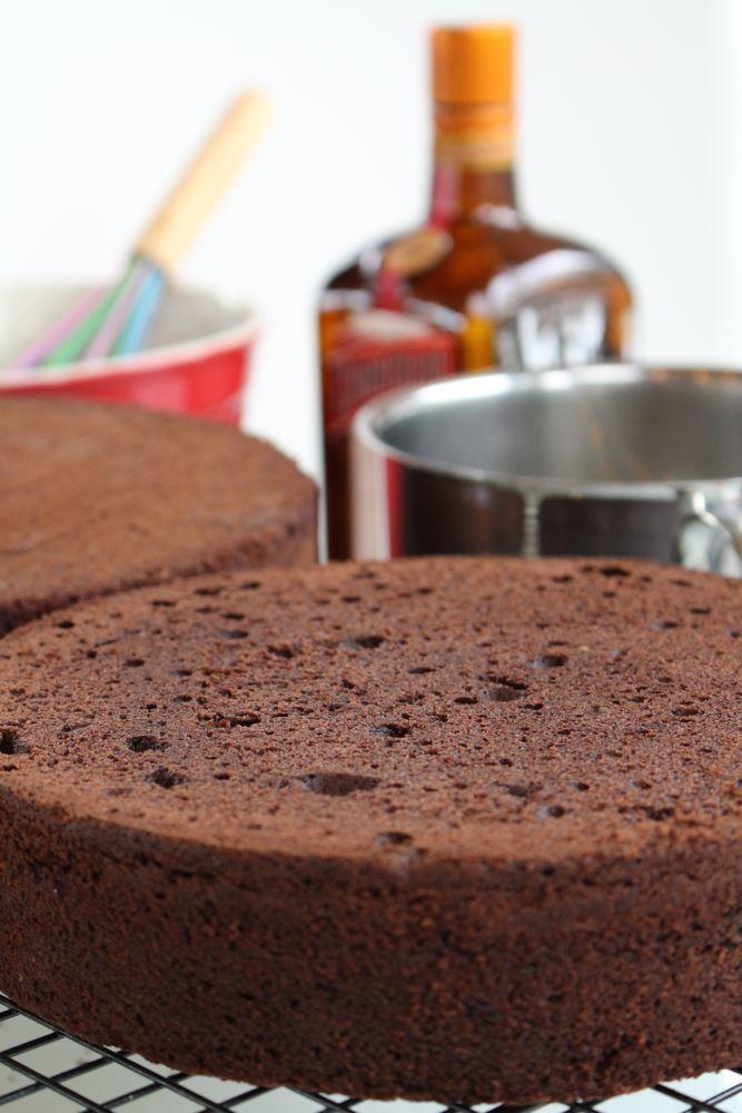 Grundrezept für Motivtorten: Victoria Sponge Cake - Variante Vanille, Zitrone, Orange oder Schokolade - http://sugarprincess-juschka.blogspot.de/2016/03/grundrezept-fur-motivtorten-victoria.html