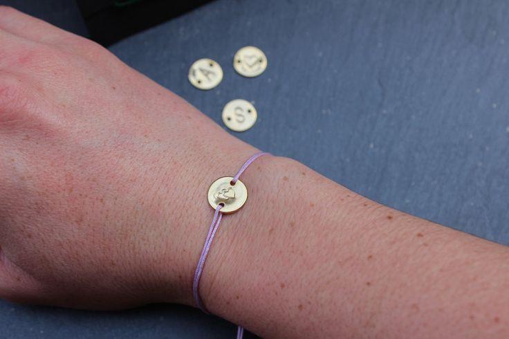 Armbänder - Armband Initialen Buchstabe Herz //vergoldet// - ein Designerstück von Bohani bei DaWanda