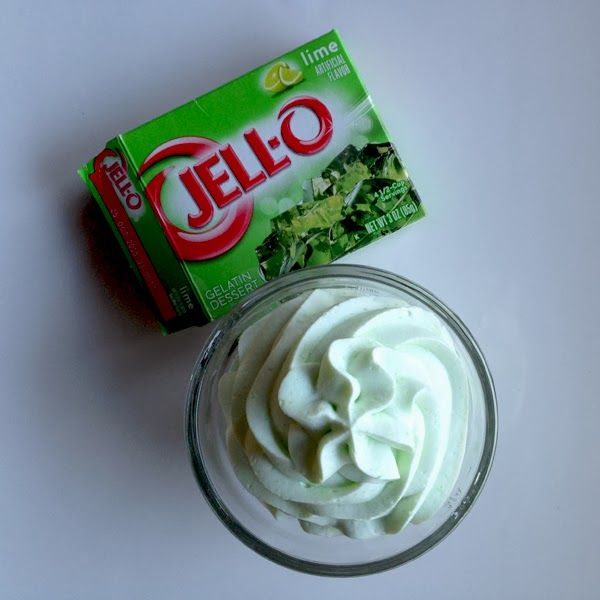 Flavored Stabilized Whipped Cream this is amazing!!!   Great Idea!!!!!!!!!!!!!! yet, so simple