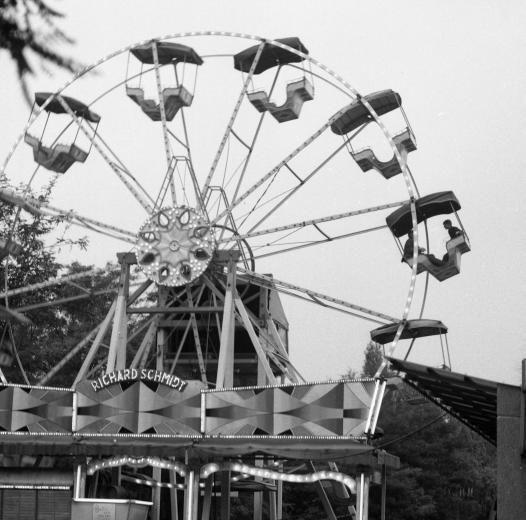 Budapest anno: több, mint nosztalgia...: Ilyen volt... a Vidám Park - Óriáskerék, 1970-es évek