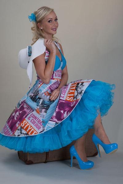 SETRINO® Couture aus Berlin | Das Petticoat SOMMER MUST HAVE Kleid. Türkis und…