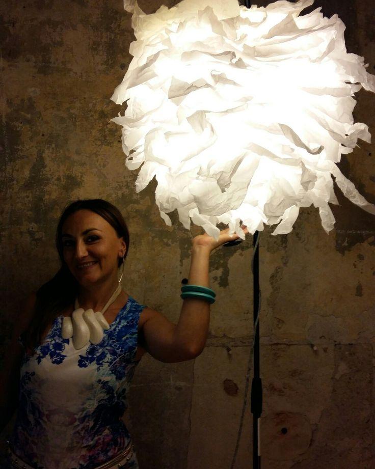 Lampada Light Flower in carta ignifuga