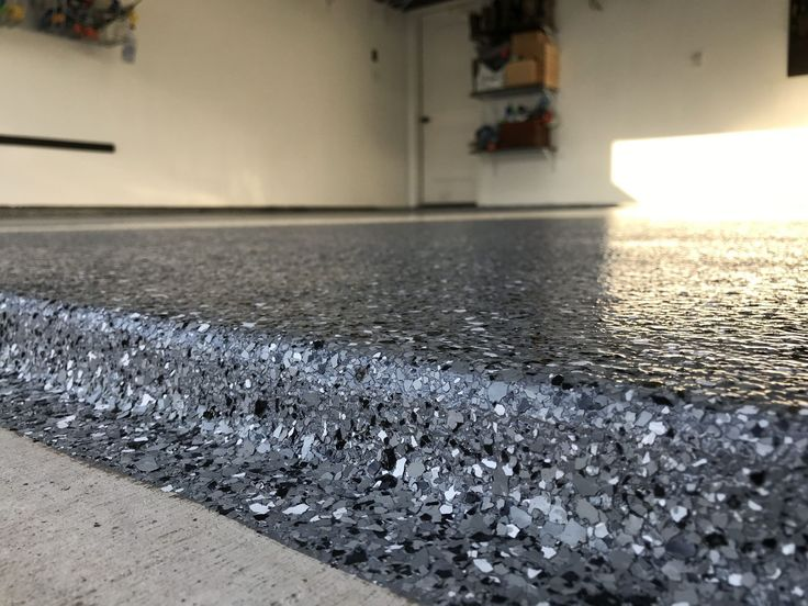 Classic, Marble/ White polyaspartic epoxy garage floor