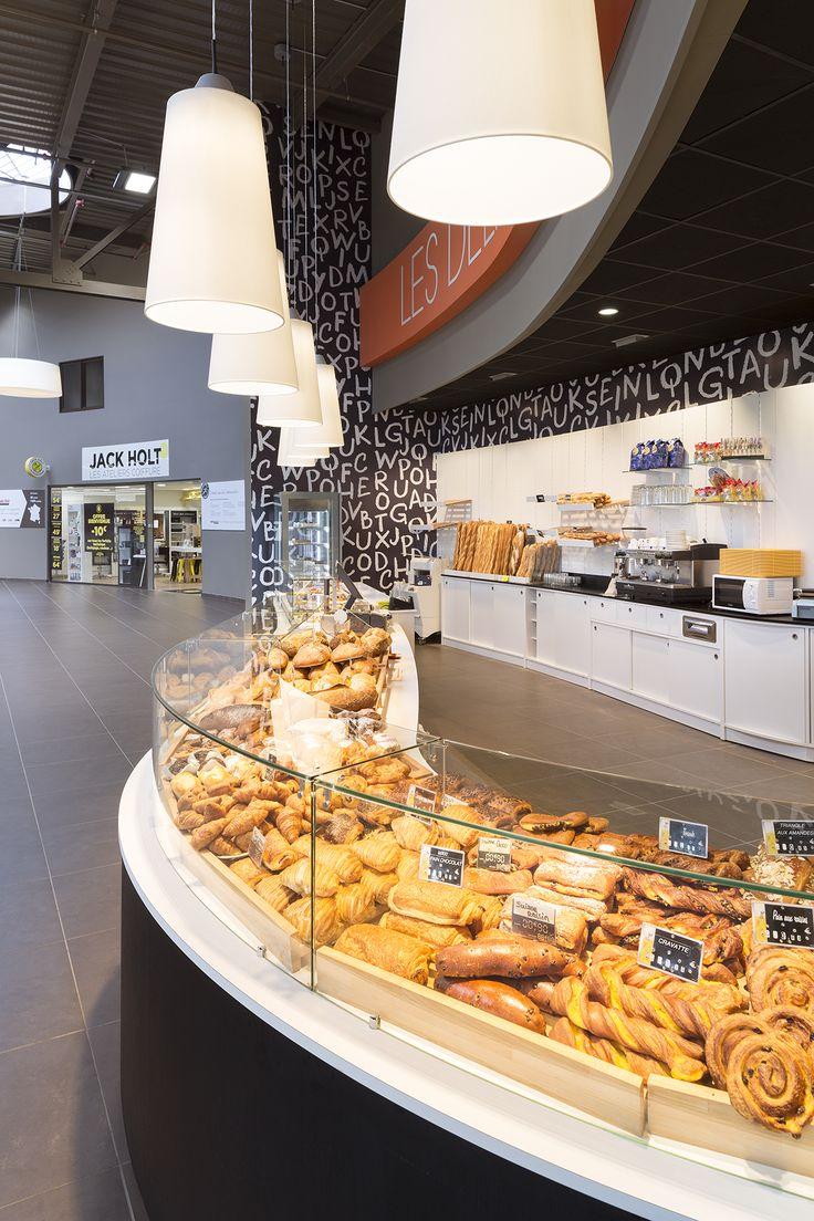 Intermarché, Conches-en-Ouche (France) #light #retail #fresh #intermarche #licht #beleuchtung