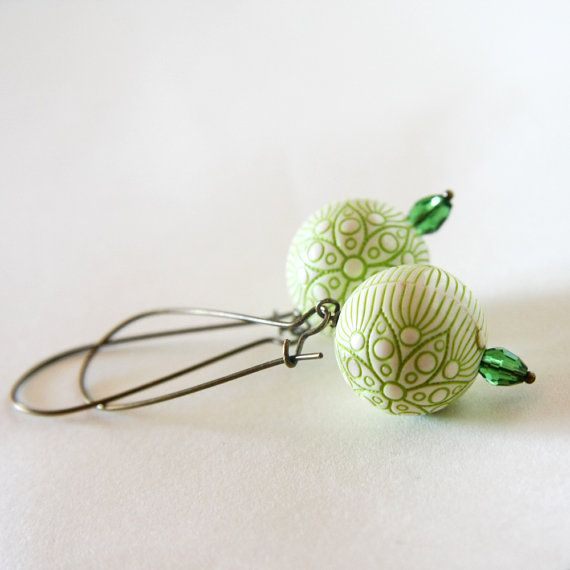 green flowers earrings  wedding bridesmaid  cream by nanofactory