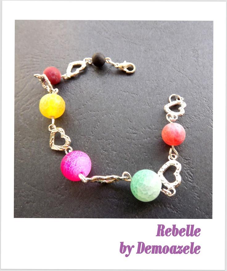 Rebelle (35 LEI la DemoazeleArt.breslo.ro)