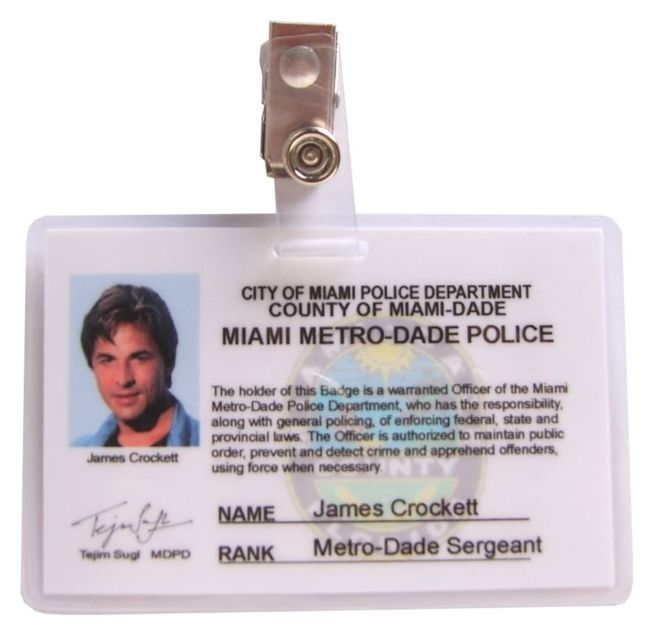 Carte_d'identification_Deux_flics_à_miami_James_Crockett