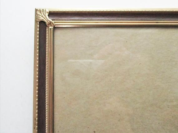 Vintage Frame Metal Gold Tone Faux Wood Design 8 X 10 Picture Frame Wall Hanging Tabletop Frames On Wall Picture Frame Wall Faux Wood