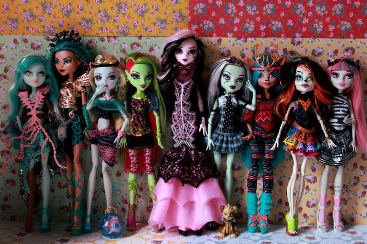 My Monster High Family | by Siniirr