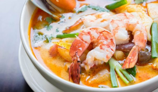 Thai Seafood Soup Recipe. How to prepare Thai Seafood Soup. Mix the cleaned fish, shrimp and squid. Sprinkle t...