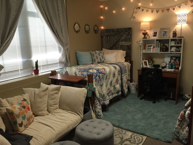 Freshman dorm room in elam hall at lipscomb university - Dorm room bedding ideas ...
