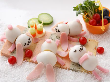Sleeping Bunnies Bento...so cute! hard boiled eggs