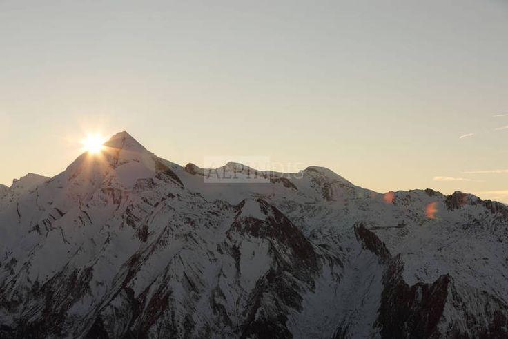 Sonnenuntergang am Kitzsteinhorn. Aufgenommen vom Imbachhorn, Kaprun, Zell am See, Pinzgau durch alpindis Bergführer Oberpinzgau