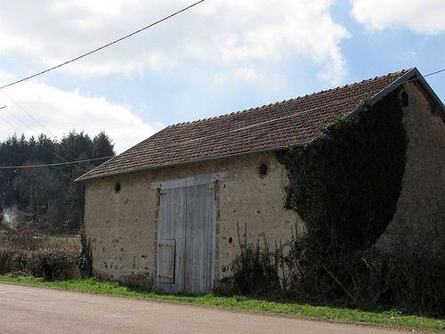 A vendre ref. 101HL63 - Grange avec CU + 1.88 ha  Prix 22.000 € / secteur les Combrailles #jovimmo immobilier