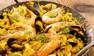 Groupon - Menu spagnolo con paella all you can eat, tapas, dolce e sangria (sconto fino a 70%) a Torino. Prezzo Groupon: €24,90
