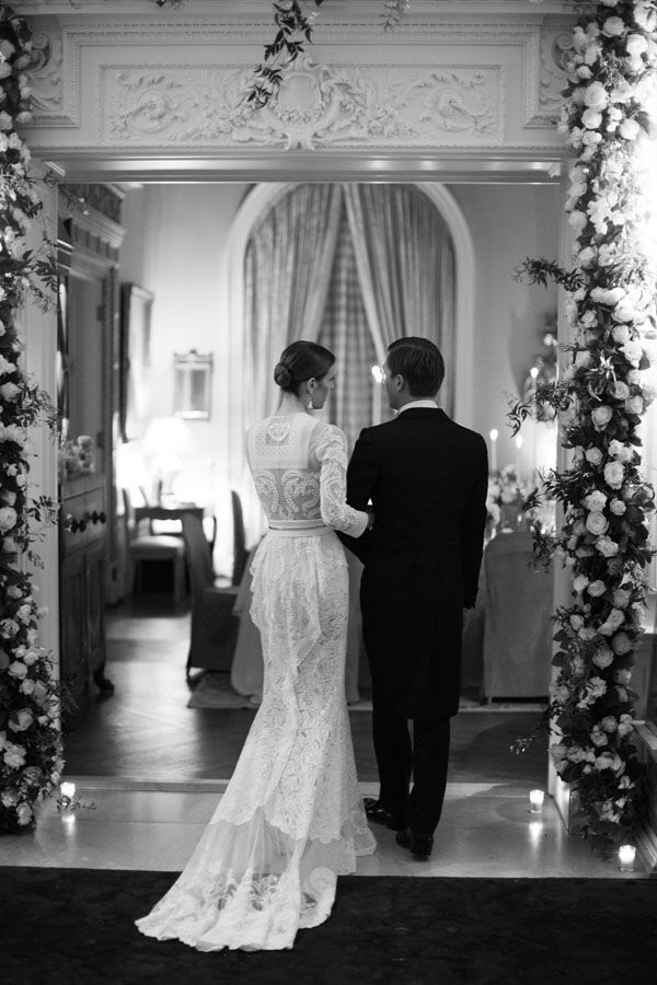 Wedding of Vanessa Traina & Max Snow in Danielle Steele's private estate in Pacific Heights, San Francisco. The photographs are featured in the November issue of Vogue.