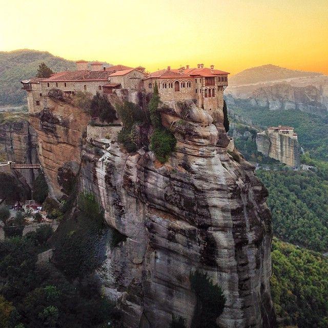 世界遺産 メテオラ メテオラの絶景写真画像  ギリシャ