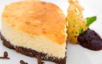 koláč s brusinkovým želé a brandy snaps