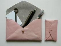 Lovely leather envelope, available on Heydays / Dawanda